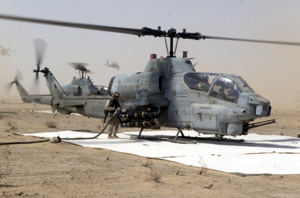 AH-1 Super Cobra refueling