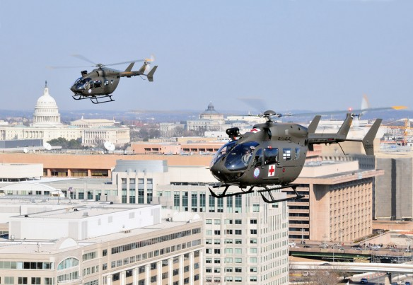 UH-72A géppár Washington DC felett