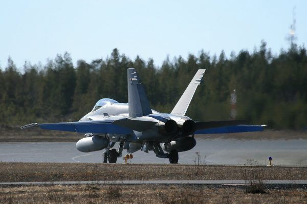 AIR_F-18C_Finnish_taxing_lg