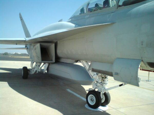 F/A-18F Super Hornet with CFT